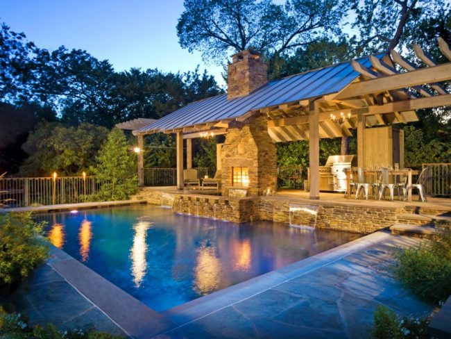 Outdoor Kitchen Design Tips