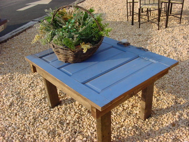 Door Coffee Table for Out-of-Doors