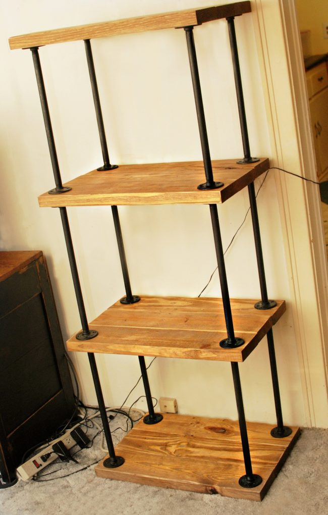 DIY Pipe Wood Bookshelf
