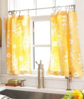 No-Sew Kitchen Curtains