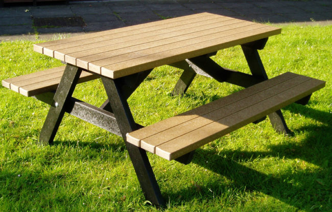 buy a wooden picnic table