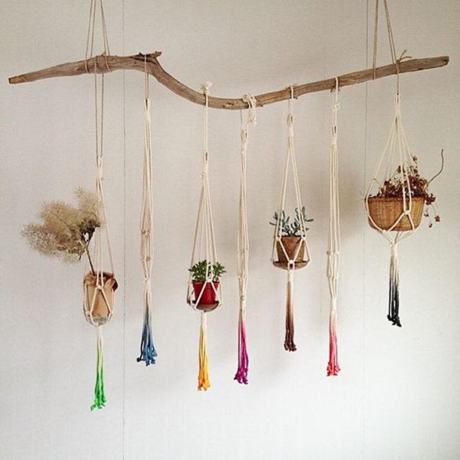 DIY macramé plant hanger