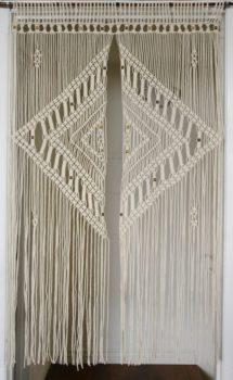 Macramé Curtain DIY