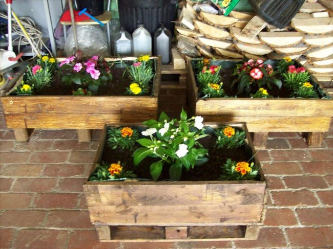 Wooden Pallet Flower Box