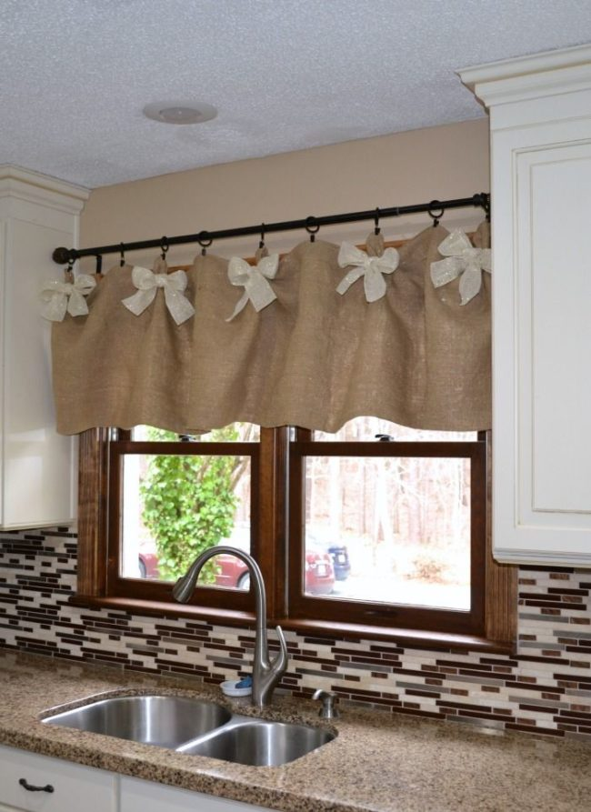Burlap Valance for Kitchen
