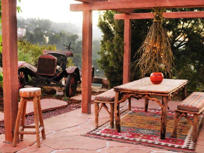 Flagstone Outdoor Flooring Ideas
