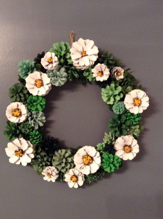Pine Cone Wreath Ideas