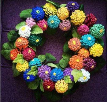 Pinecone Zinnia Wreath