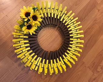 How To Make A Clothespin Sunflower Wreath