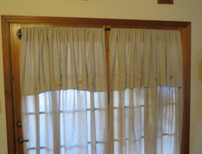 14 easy no sew valance tutorials inhabit zone. Black Bedroom Furniture Sets. Home Design Ideas