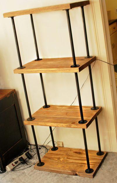DIY Pipe Wood Bookshelf