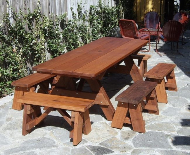 Charmant Wooden Picnic Tables Detached Benches