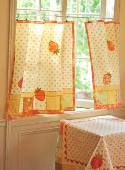 How to Make Patchwork Café Curtains