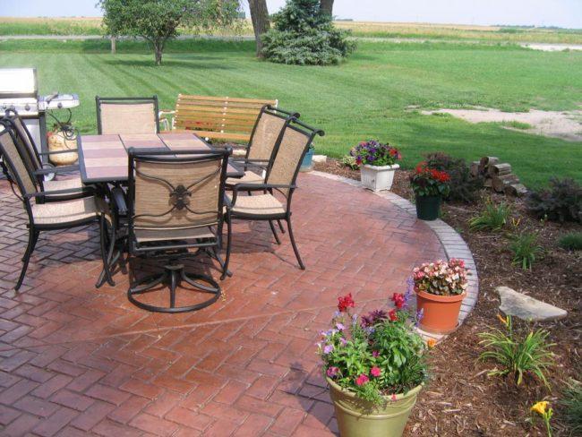 Patterned Patio Outdoor Flooring Ideas