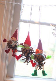 Pine cone Christmas Tree Ornaments