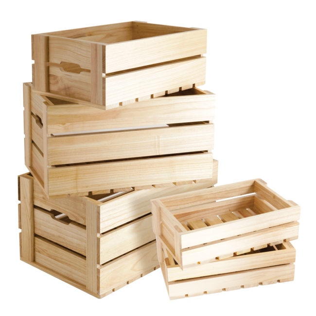 Small wooden crate boxes