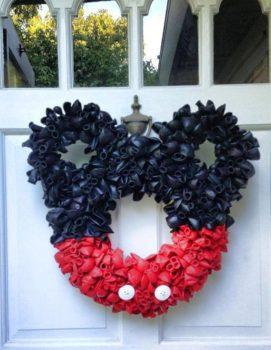Balloon Wreaths for Front Door