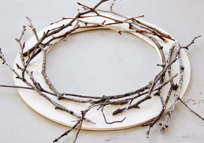 Making a Twig Wreath